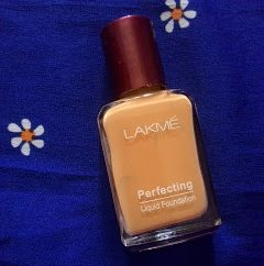 Lakme Perfecting Liquid Foundation (Natural Shell)