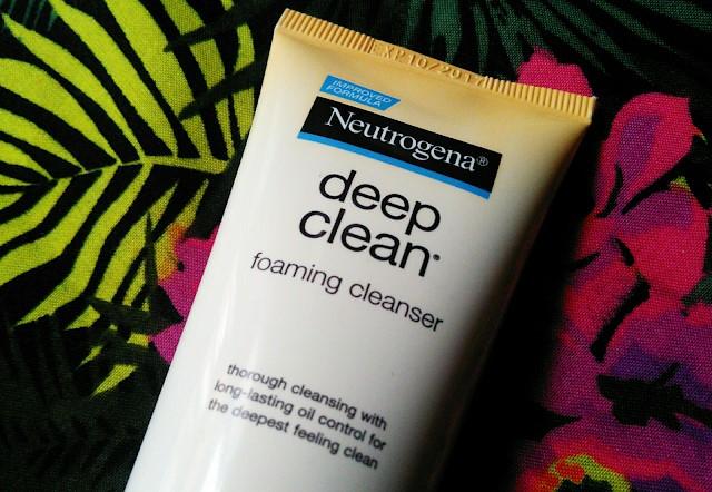 Neutrogena Deep Clean Foaming Cleanser REview