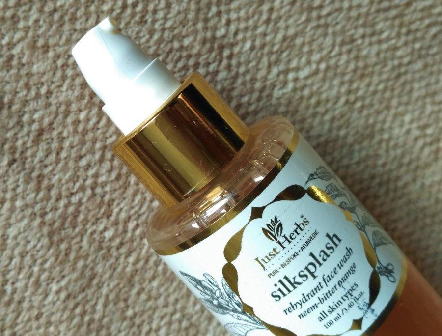 Just Herbs Silksplash Rehydrant Face Wash Review