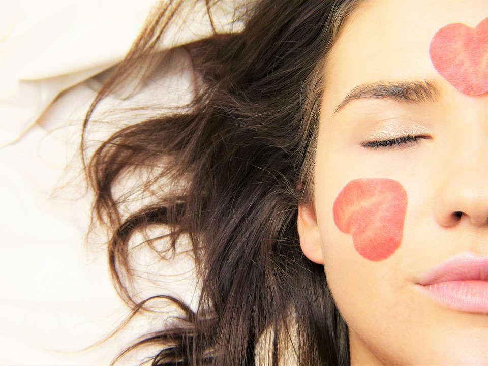 How to Get Rid of Dark Lips Through Natural Remedies 1