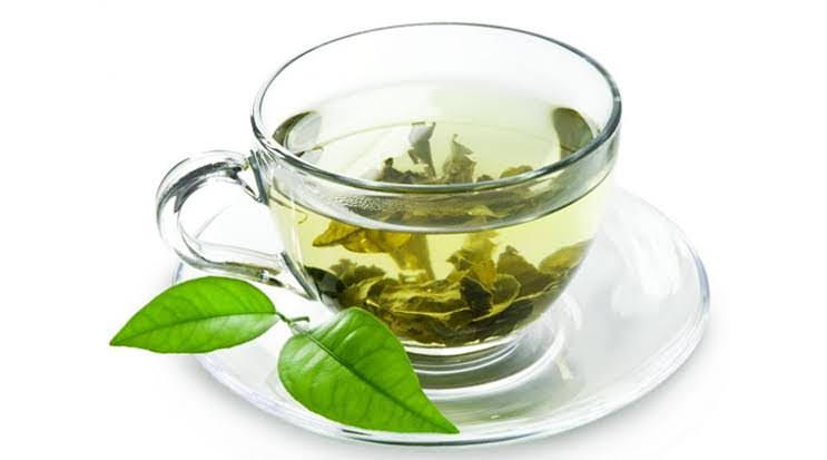 Treat Makeup Allergy with Green Tea