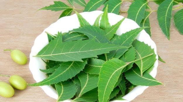 Treat Makeup Allergy with neem