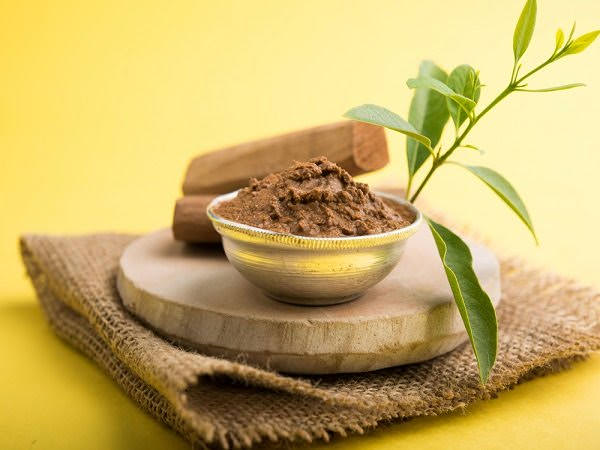 Treat Makeup Allergy with sandalwood