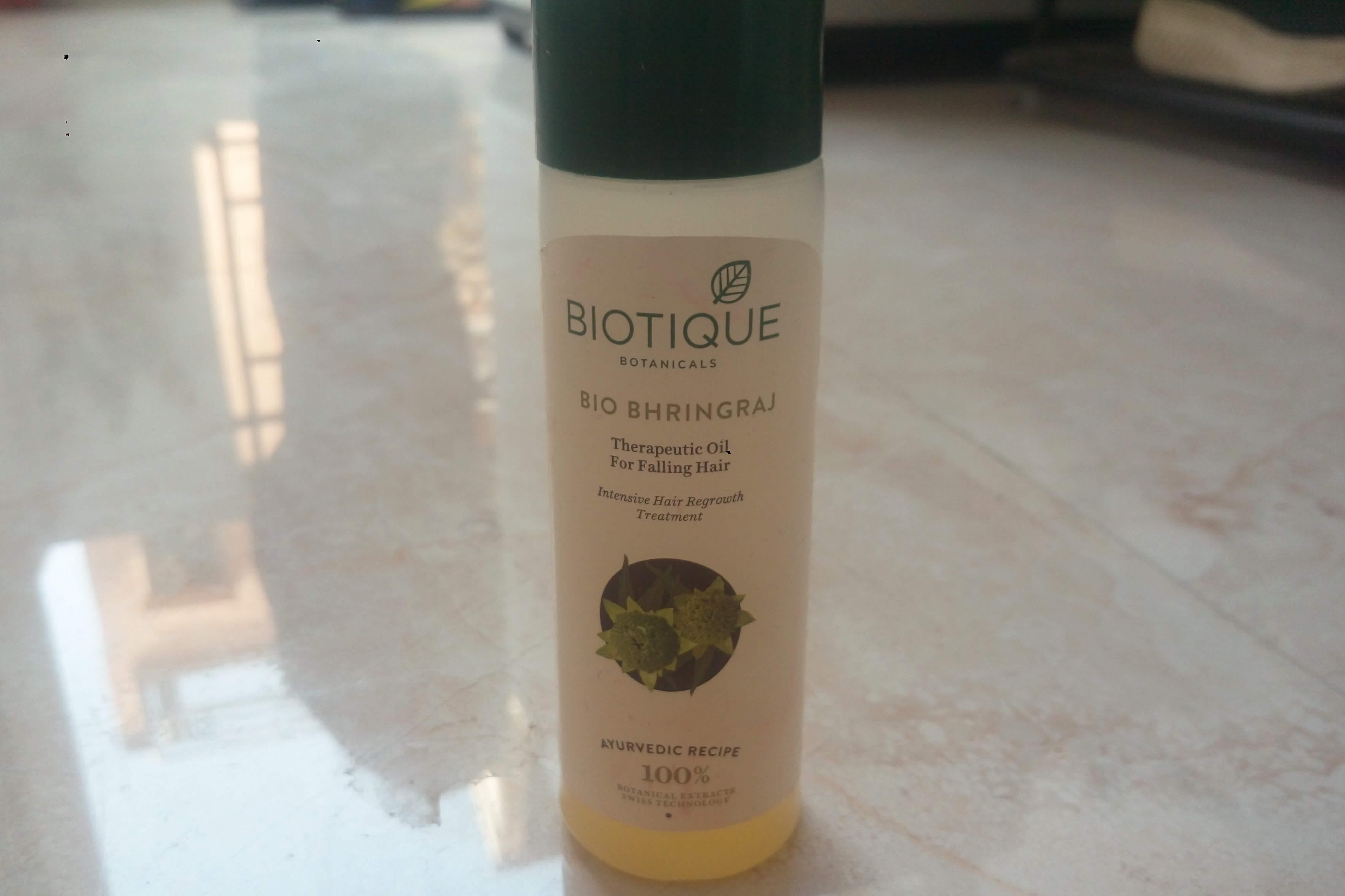Biotique Bio Bhringraj Therapeutic Hair Oil