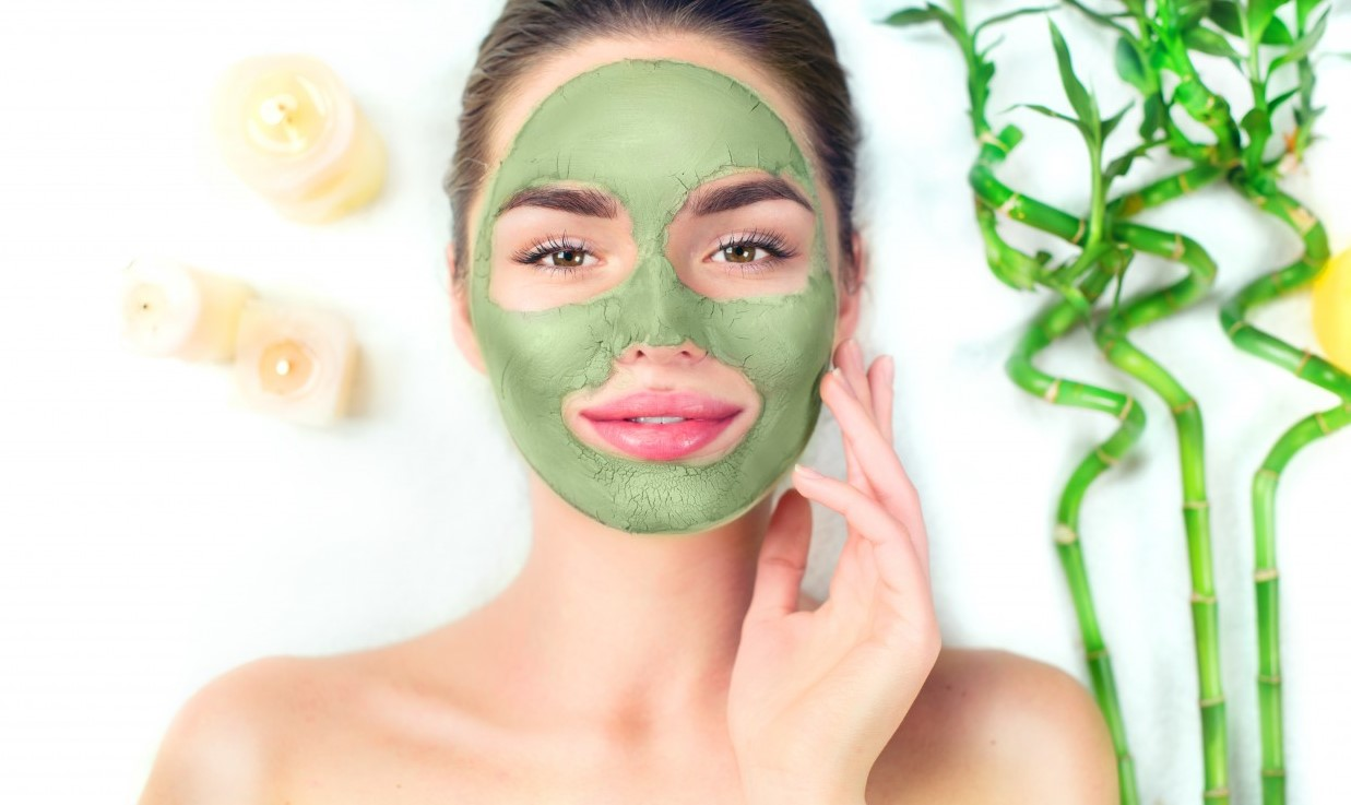 green clay mask for acne