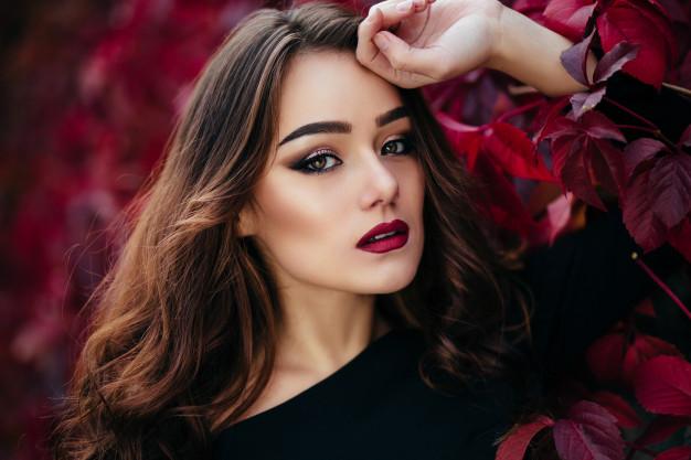 10 Gorgeous MAC Lipsticks for Fair Skin Tones