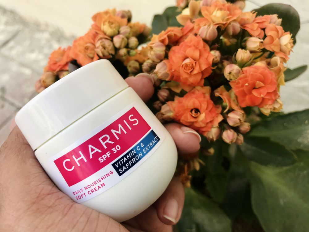 Charmis Daily Nourishing Soft Cream SPF 30 Review