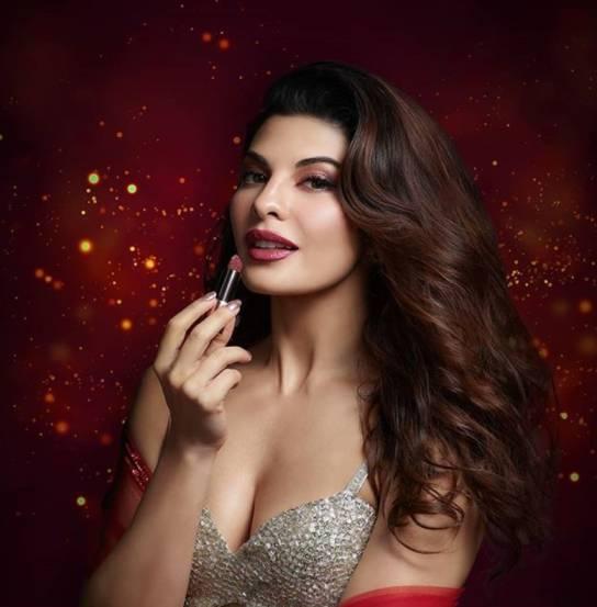 glitter lip makeup