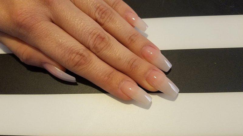 silk nails - artificial nail types