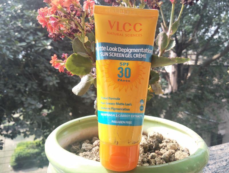 VLCC Matte Look Depigmentation Sunscreen Gel