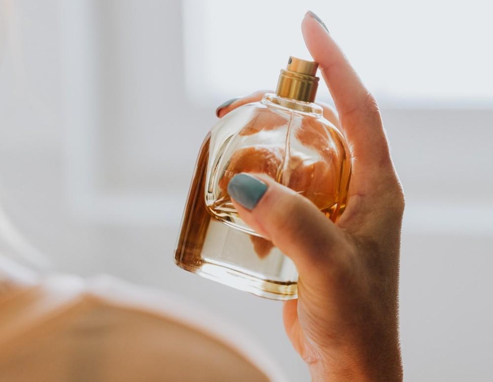 where to spray perfume to last longer