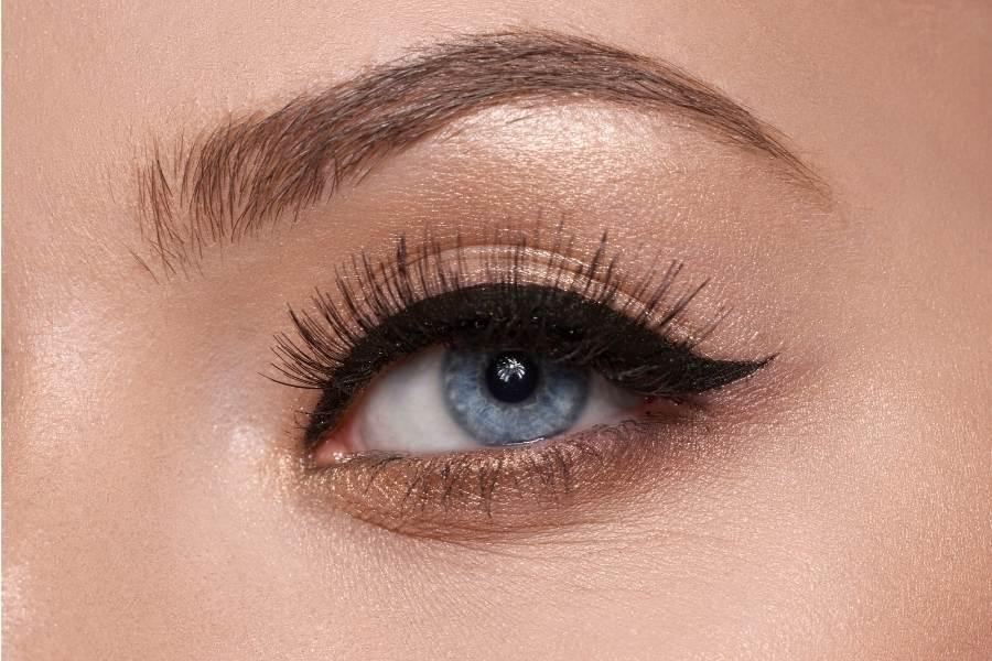 best mac eyeshadows for blue eyes