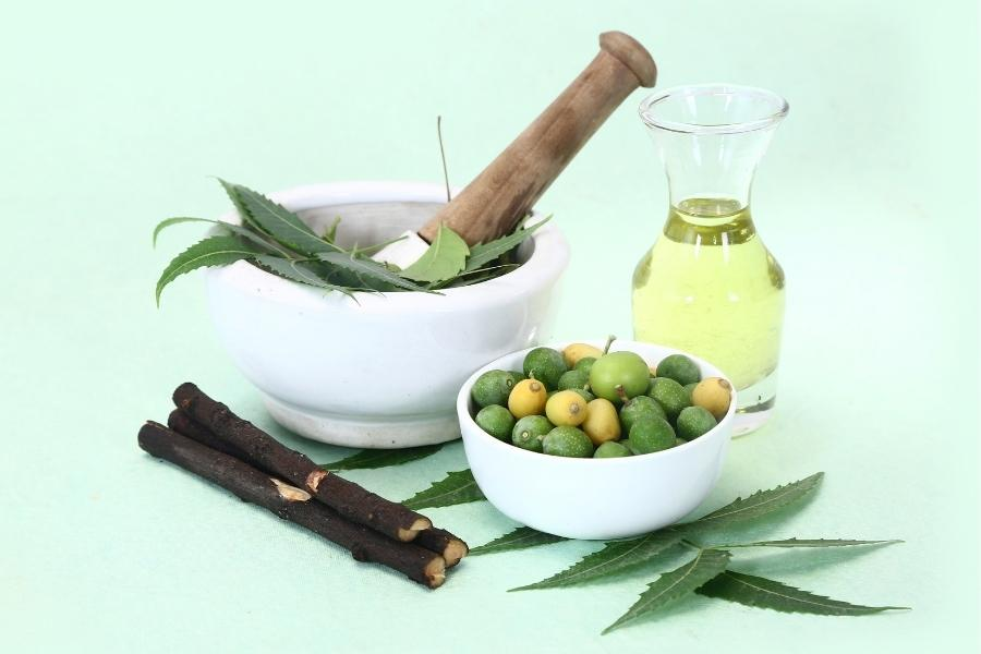 Neem oil for skin