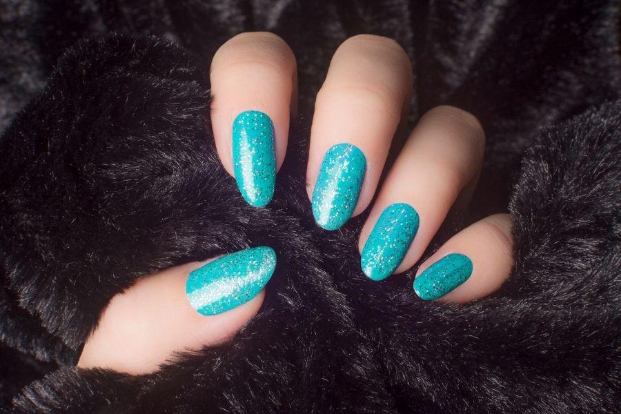 blue shimmer nails