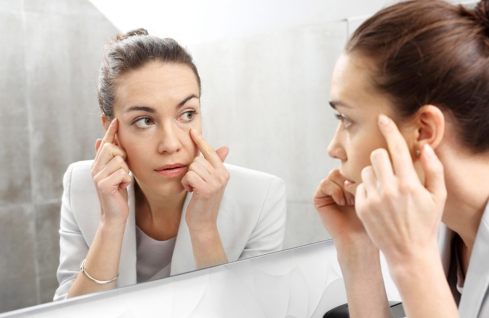 How to Get Rid of Under-Eye Wrinkles Naturally