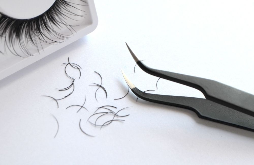 exotic names for lashes business